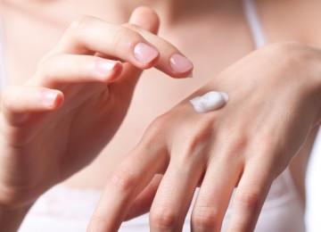 Мазь от экземы: список названий лучших и эффективных кремов от сухости на руках