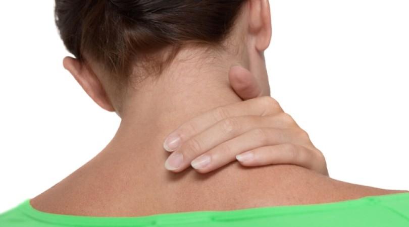 Аллергия на шее: фото, причины, лечение красных пятен и сыпи на коже