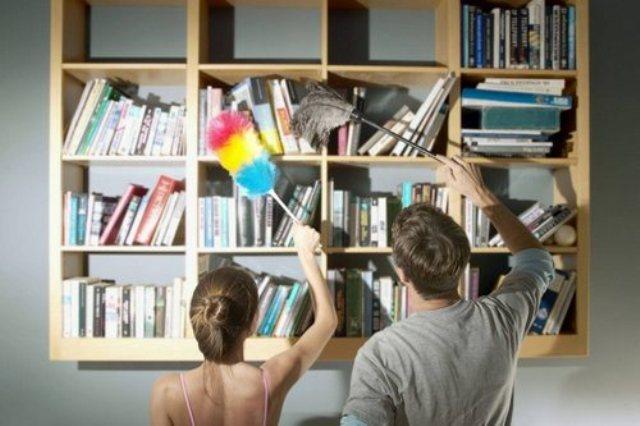 Уборка пыли с книг